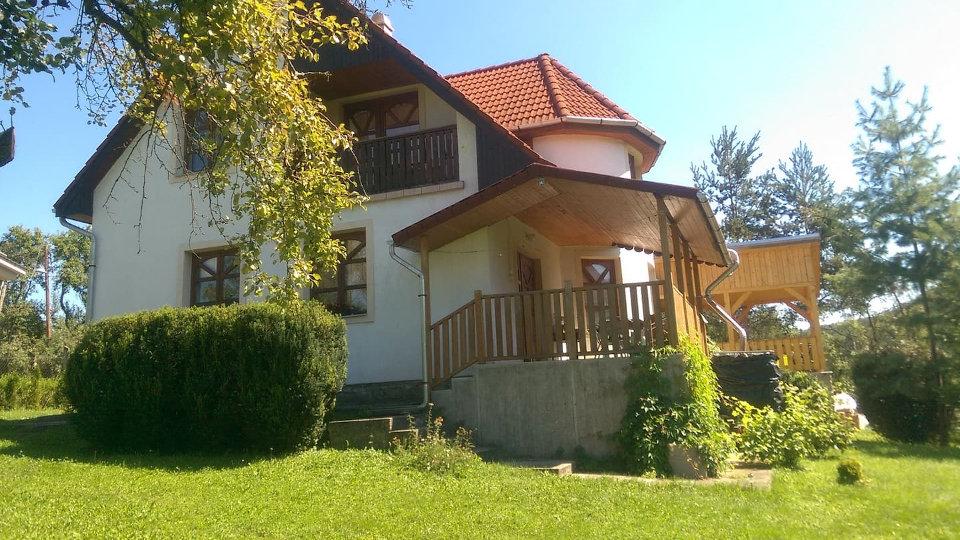 aranyalmás felhőnéző vendégház, Zempléni szállások