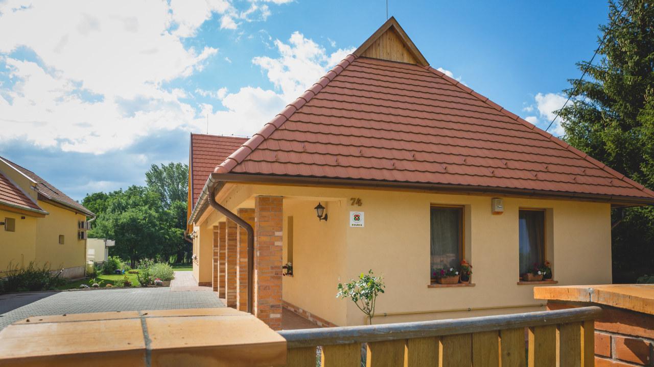 mézes vendégház, Zempléni szállások, mézes vendégház