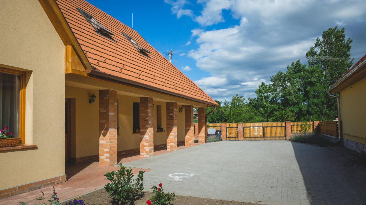 apiterápiás vendégház