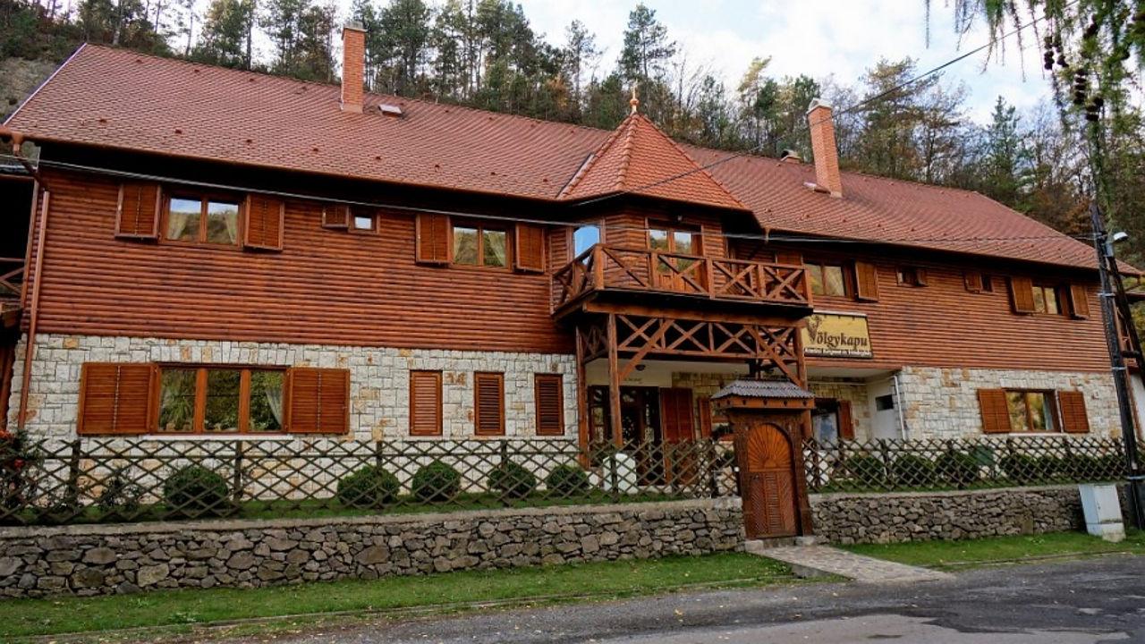 Zempléni szállások, Zemplén gasztro, Völgykapu fogadó